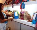 Comerciante vendiendo sus productos